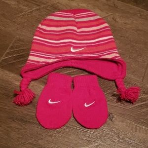 Infant Nike Hat and Glove set